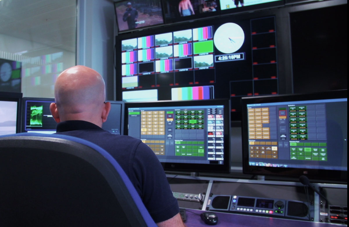 broadcast system integrator dB